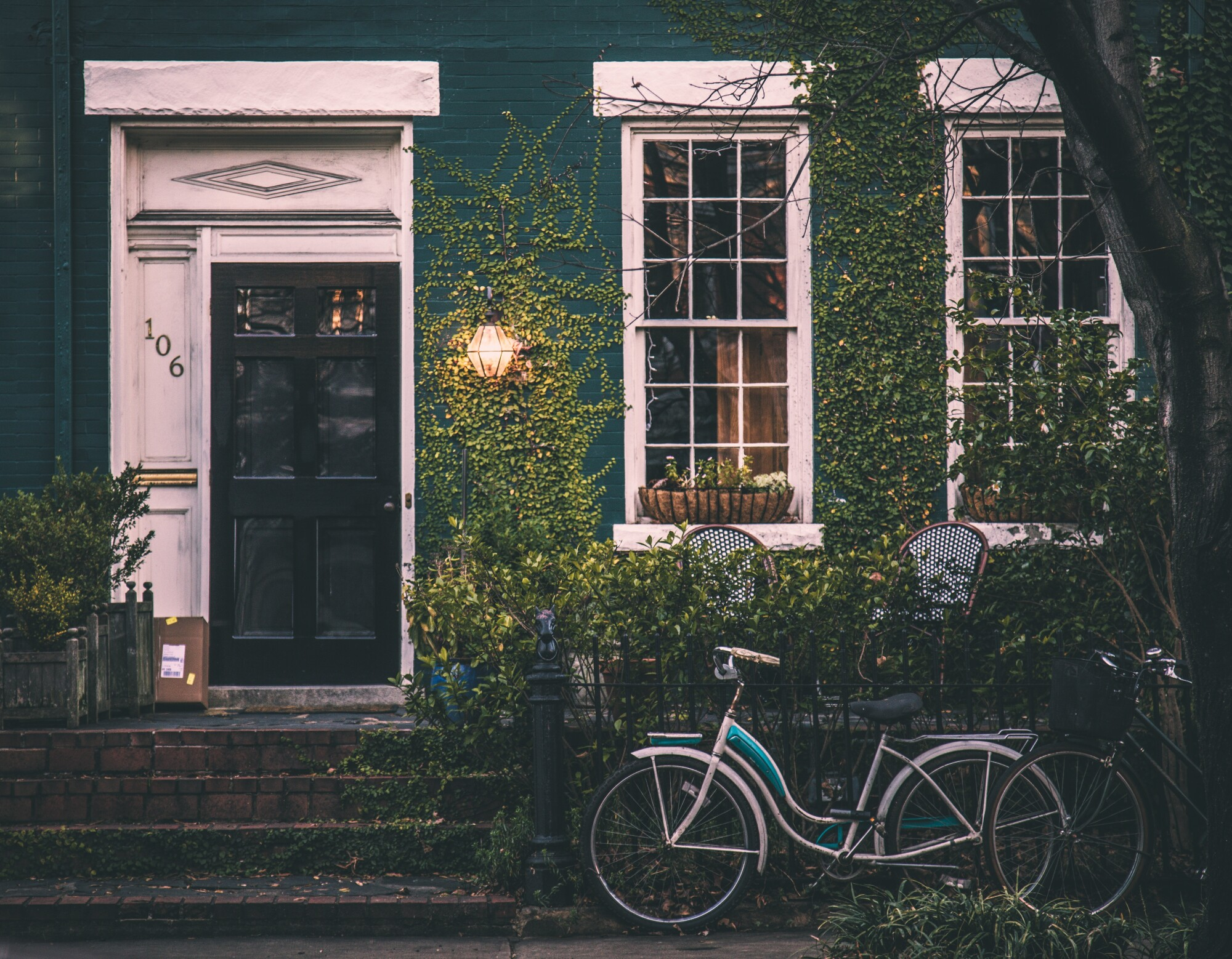 10 Ways to Boost Your Home's Curb Appeal